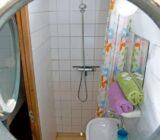 Gandalf cabin bathroom