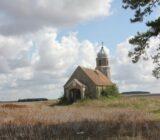 Frankreich Burgunde Kirche auf der Landseite
